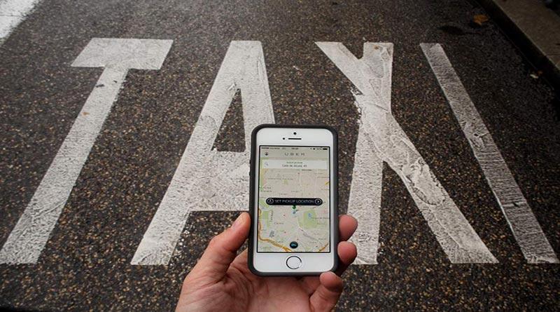 Wali Kota Ridwan Kamil Melarang Taksi Uber Beroperasi di Bandung