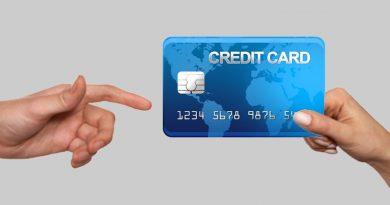 Lalainya Pihak Bank Mega terhadap Pengiriman Kartu Kredit
