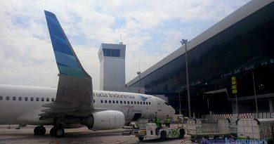 Garuda Indonesia Membatalkan Penerbangan Penumpang Sepihak