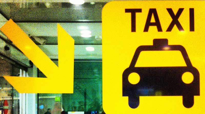 Sopir Taksi Airport Ngurah Rai Bali Melarang Penumpang Naik Taksi di Luar Bandara