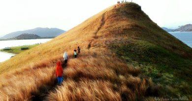 Go Enjoy Kenawa! Sepotong Pulau Surga di Sumbawa