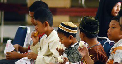 12 Tips Sehat dan Bugar saat Berpuasa di Bulan Ramadhan