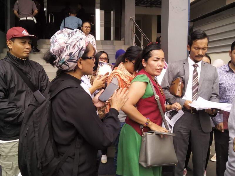 Jumpa pers setelah pelaporan di Polda Metro Jaya