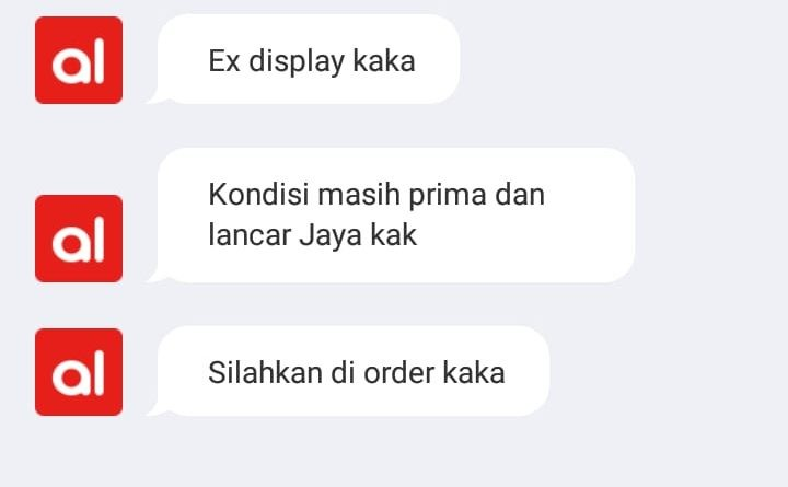 ini chat awal saya dengan seller. dia bilang laptop dalam kondisi prima dan cuma ex-display